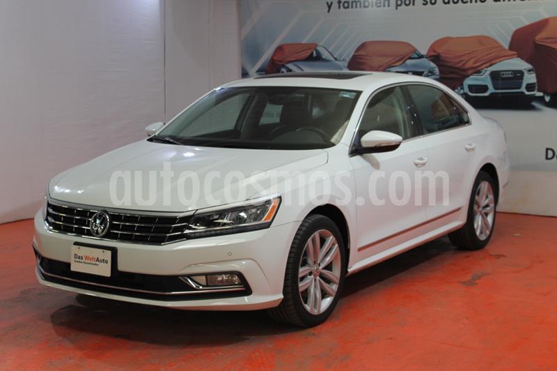 Volkswagen Passat DSG V6 usado (2019) color Blanco precio $439,265