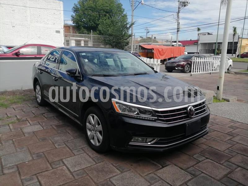 Volkswagen Passat 4P CONFORTLINE L5/2.5 AUT usado (2017) color Negro precio $304,000