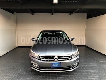 Volkswagen Passat DSG V6 usado (2018) color Gris precio $402,000