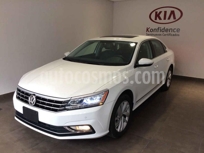 Volkswagen Passat Tiptronic Highline usado (2018) color Blanco precio $265,500