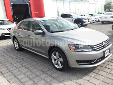Foto venta Auto usado Volkswagen Passat PASSAT SPORTLINE (2014) color Gris precio $179,000