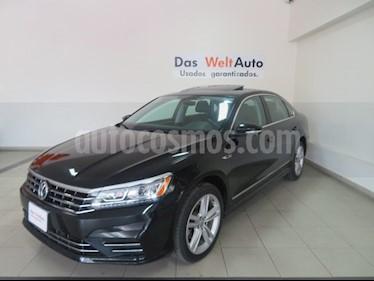 Foto venta Auto usado Volkswagen Passat R Line (2017) color Negro precio $329,271