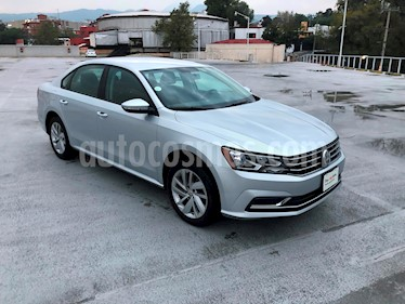 Foto venta Auto usado Volkswagen Passat Tiptronic Comfortline (2018) color Plata Reflex precio $330,000