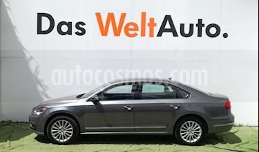 Foto venta Auto Seminuevo Volkswagen Passat Tiptronic Comfortline (2016) color Gris precio $270,000