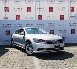 Foto venta Auto usado Volkswagen Passat Tiptronic Comfortline (2018) color Plata Reflex precio $269,000