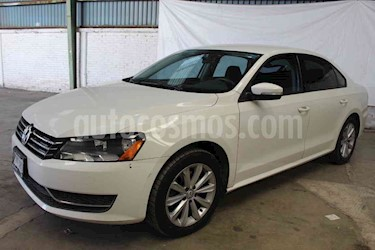 Foto venta Auto usado Volkswagen Passat Tiptronic Comfortline (2011) color Blanco Candy precio $207,000