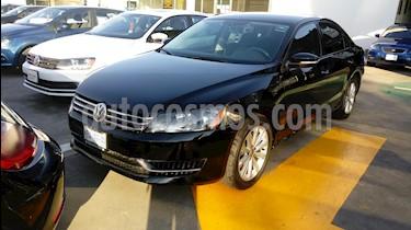 Foto venta Auto Seminuevo Volkswagen Passat Tiptronic Comfortline (2017) color Negro Profundo precio $219,990