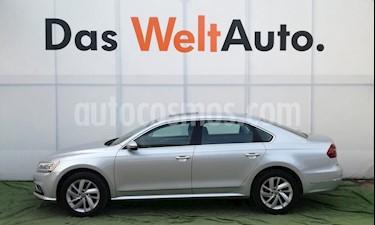 Foto venta Auto usado Volkswagen Passat Tiptronic Highline (2018) color Plata Reflex precio $446,000