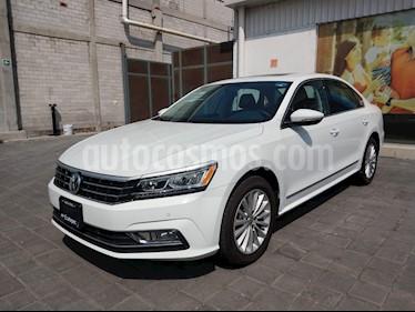 Foto venta Auto usado Volkswagen Passat Tiptronic Highline (2017) color Blanco Candy precio $394,500