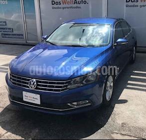 Foto venta Auto usado Volkswagen Passat Tiptronic Highline (2016) color Azul precio $317,000