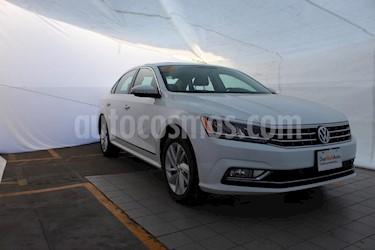 Foto venta Auto usado Volkswagen Passat Tiptronic Highline (2018) color Blanco precio $405,000