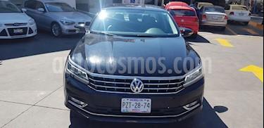 Foto venta Auto usado Volkswagen Passat Tiptronic Highline (2016) color Negro precio $270,000