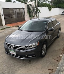 Foto Volkswagen Passat Tiptronic Sportline usado (2017) color Gris precio $283,000