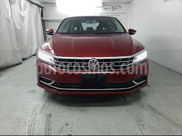 Foto venta Auto usado Volkswagen Passat Tiptronic Sportline (2017) color Rojo Fuego precio $239,000