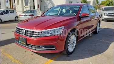 Foto venta Auto usado Volkswagen Passat Tiptronic Sportline (2017) color Rojo precio $202,900