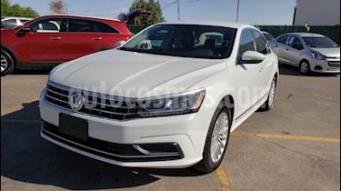 Foto venta Auto usado Volkswagen Passat Tiptronic Sportline (2017) color Blanco precio $214,900