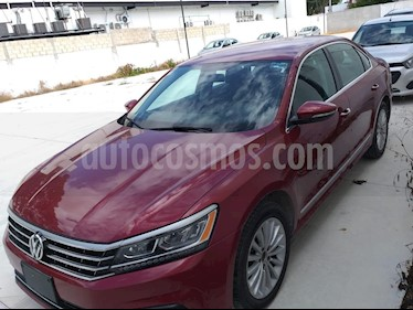 Foto venta Auto usado Volkswagen Passat Tiptronic Sportline (2017) color Rojo precio $214,900