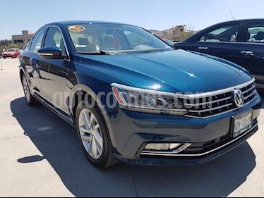 Foto venta Auto usado Volkswagen Passat Tiptronic Sportline (2018) color Azul precio $415,000