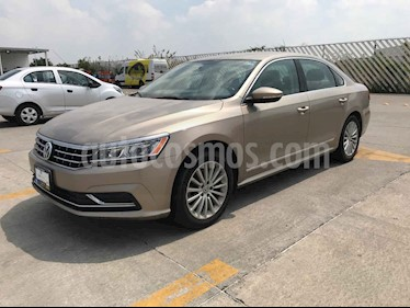 Foto Volkswagen Passat Tiptronic Sportline usado (2017) color Beige precio $209,900