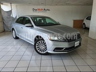 Foto venta Auto usado Volkswagen Passat Tiptronic Sportline (2017) color Plata precio $289,900