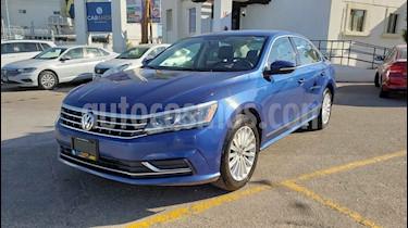 Foto venta Auto usado Volkswagen Passat Tiptronic Sportline (2017) color Azul precio $180,000