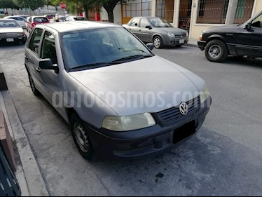 Foto Volkswagen Pointer City 5P Dh Ac usado (2005) color Gris Plata  precio $36,000