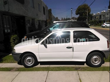 Foto venta Auto Seminuevo Volkswagen Pointer City 5P (2002) color Blanco precio $35,000