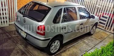 Foto venta Auto Seminuevo Volkswagen Pointer Comfortline 5P Lujo (2002) color Plata precio $42,300
