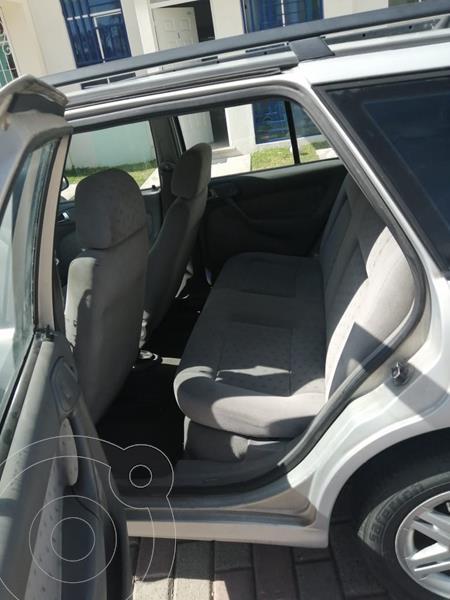Volkswagen Pointer 5P usado (2001) color Plata precio $33,000