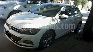 Volkswagen Polo 5P Comfortline usado (2018) color Blanco precio $750.000