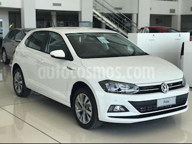 Foto Volkswagen Polo 5P Highline Aut usado (2019) color Blanco precio $899.000
