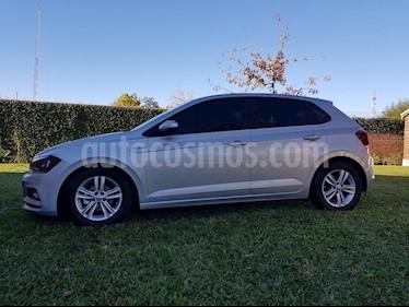 Volkswagen Polo 5P Comfortline usado (2019) color Plata precio $999.000