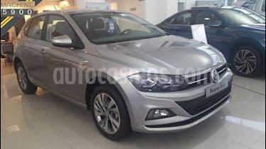 Foto venta Auto usado Volkswagen Polo 5P Comfortline Plus Aut (2019) color Gris Claro precio $752.000
