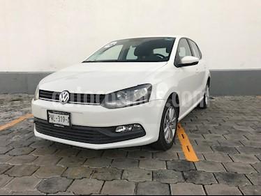 Foto venta Auto Seminuevo Volkswagen Polo Hatchback 1.2L TSI Aut (2017) color Blanco Candy precio $200,000