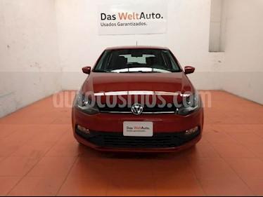 Foto venta Auto Seminuevo Volkswagen Polo Hatchback 1.6L (2018) color Naranja Cobre