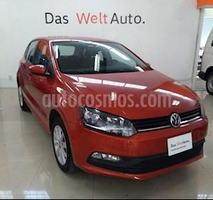 Foto venta Auto Seminuevo Volkswagen Polo Hatchback 1.6L (2018) color Naranja Cobre precio $195,000