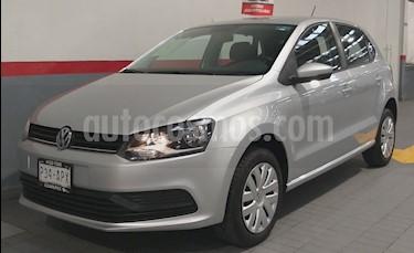 Foto venta Auto usado Volkswagen Polo Hatchback 5p Startline L4/1.6 Man (2018) color Plata precio $185,000