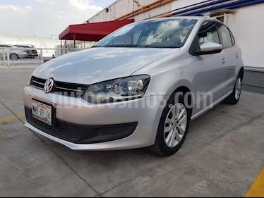 Foto venta Auto usado Volkswagen Polo Hatchback Comfortline Aut (2013) color Plata Reflex precio $145,000