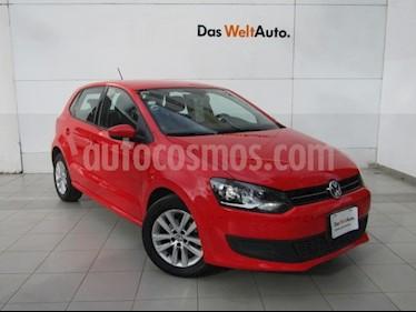Foto venta Auto Seminuevo Volkswagen Polo Hatchback Comfortline Aut (2014) color Rojo Flash precio $168,000