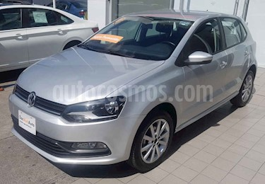 Foto Volkswagen Polo Hatchback Design & Sound usado (2019) color Plata precio $216,000