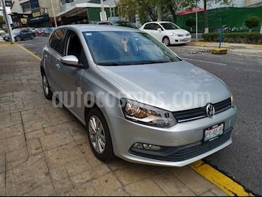 Foto Volkswagen Polo Hatchback 1.2L TSI Aut usado (2016) color Plata Reflex precio $170,000