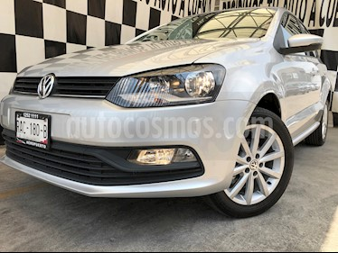 Volkswagen Polo Hatchback Disign & Sound Tiptronic usado (2020) color Plata Reflex precio $233,000