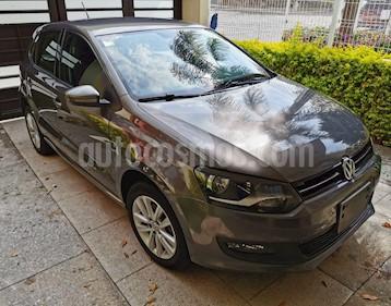 Volkswagen Polo Hatchback Comfortline Aut usado (2014) color Gris precio $149,000
