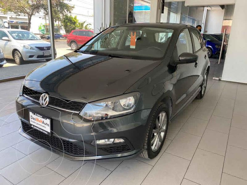 Foto Volkswagen Polo Hatchback Comfortline Plus usado (2020) color Gris precio $240,000