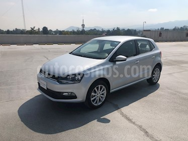 Volkswagen Polo Hatchback Disign & Sound Tiptronic usado (2019) color Plata Reflex precio $220,000