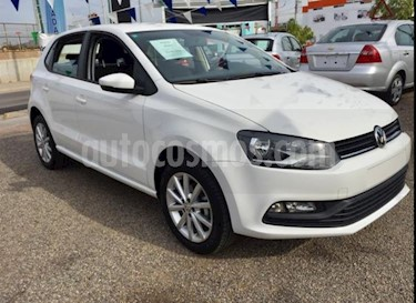 Volkswagen Polo Hatchback Disign & Sound Tiptronic usado (2020) color Blanco Candy precio $245,000