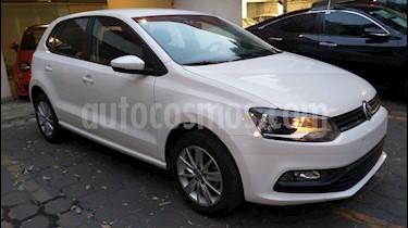 Foto Volkswagen Polo Hatchback 1.6L Aut usado (2018) color Blanco precio $175,000