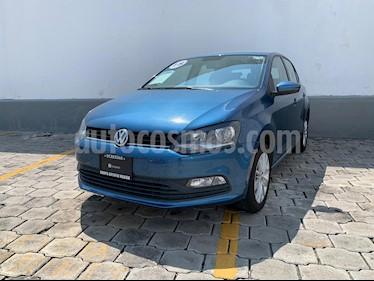 Foto Volkswagen Polo 1.6L Base 5P Ac usado (2018) color Azul Metalizado precio $220,000