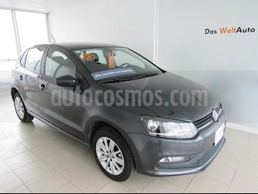 Foto venta Auto Seminuevo Volkswagen Polo 1.6L Base 5P (2018) color Gris precio $215,000