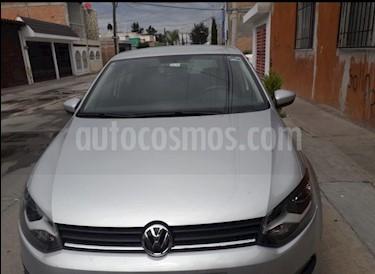 Foto venta Auto Seminuevo Volkswagen Polo 1.6L Base 5P (2017) color Plata precio $177,000